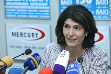MHM0117266 - Photolure News Agency