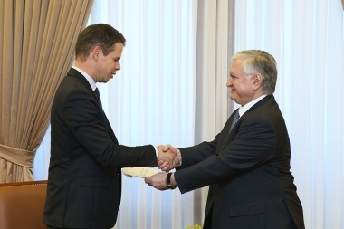 RA Minister of Foreign Affairs Edward Nalbandian received copied credentials from the Newly Appointed Ambassador of France to Armenia Jonathan Lacote - Photolure News Agency